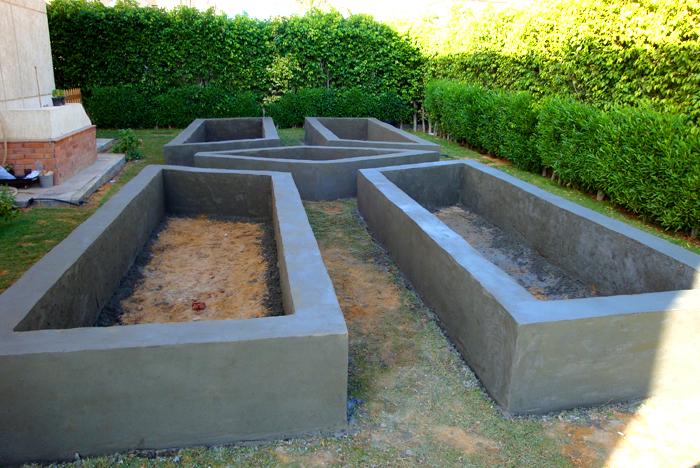 Грядки в бетоне заказать миксер бетона симферополь