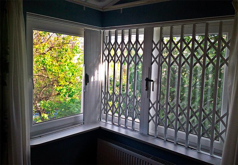 раздвижные решетки на окна для дачи в пскове результаты: